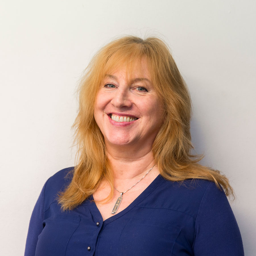 Doris Buschenings : Physiotherapist